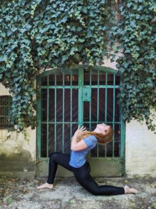 Privates picture Low lunge Backbend
